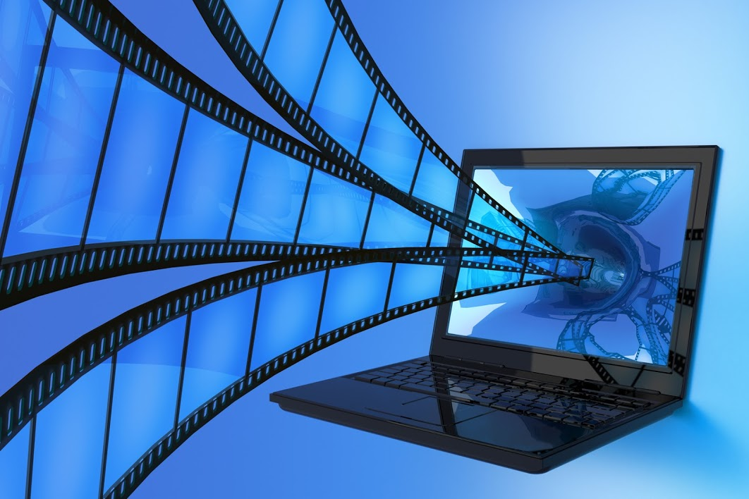 Website Videos Northville MI - Highway Media - Film_into_Laptop__Fotolia